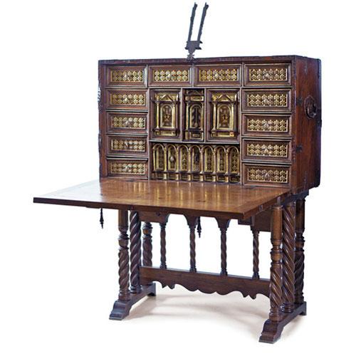 Abalarte subastas bargueo salmantino en madera de nogal for Precios de muebles antiguos