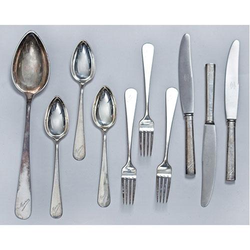 Abalarte subastas lote de cubiertos de plata espa ola for Cubiertos de plata precio