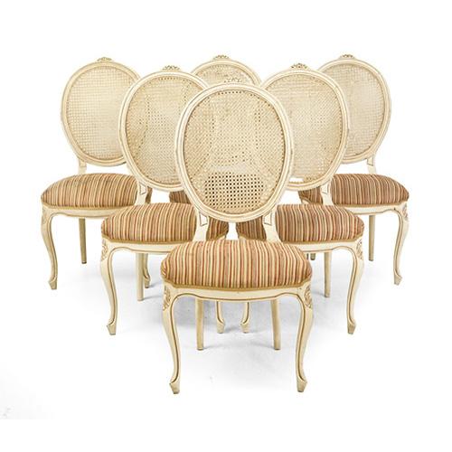 Abalarte subastas conjunto de ocho sillas estilo luis xv for Subastas muebles madrid